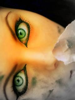 ochi verzi frumosi